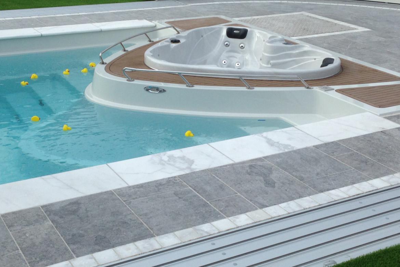 karbon-keramia-medence-compass-yachtpool-02